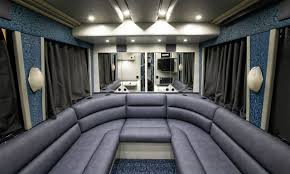 picture showing the Lounge in tourist bus